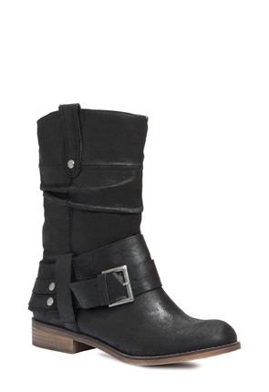 353343-01 (Black) Justfab por 39.95€