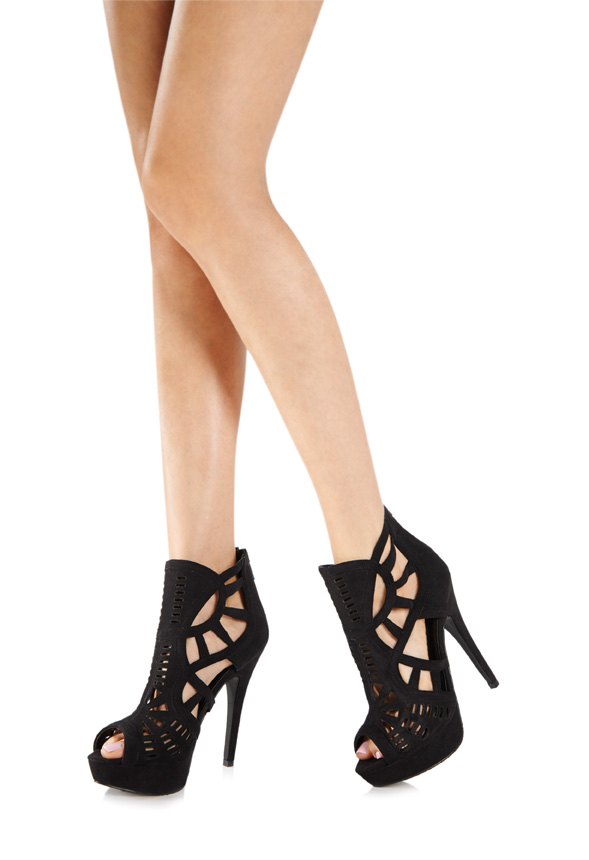 0aa34f87a579 As I m in need of a pair of black boot heels as two of mine have broken  because I literally live in them I bought these. I love the cut outs  because ...