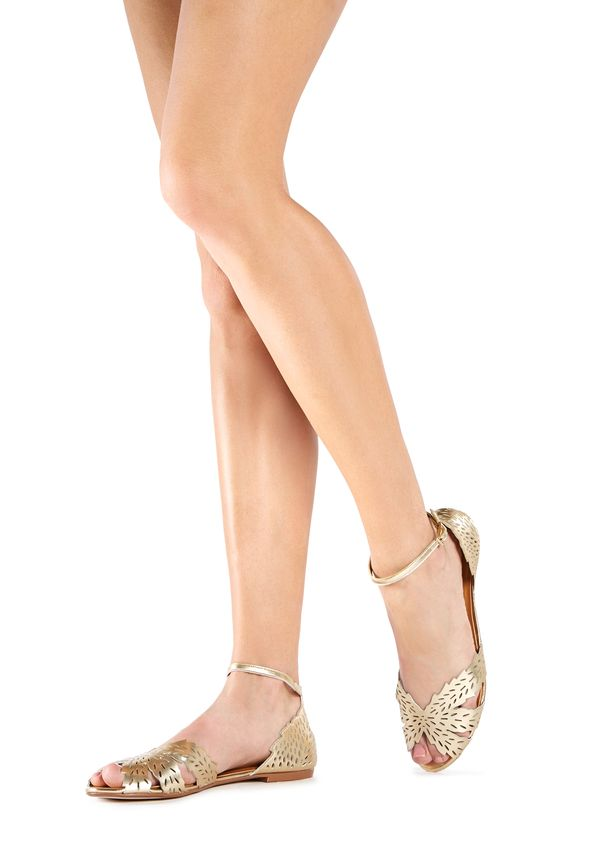 Mode, Galopines & Co : ici les stilettos, sneakers, bodycon, peplum... n'auront plus de secret pour vous ! - Page 6 FT1510314-0204-6_589x860